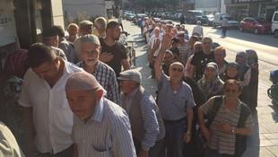CHP'den emeklilikte yaşa takılanalr için flaş çağrı