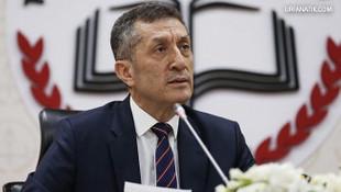 Milli Eğitim Bakanı'ndan sürpriz ''yabancı dil'' ve ''teneffüs'' açıklaması