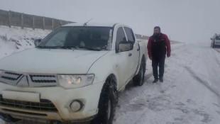 Doğu'da kar esareti ! Sürücüler yollarda kaldı