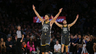 Curry'den bir rekor daha