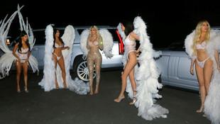 Kardashianlar Halloween'de 'melek' olup sokağa indi