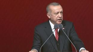 Cumhurbaşkanı Erdoğan'dan Türkçe ezana tepki