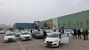 Düzenbazlar Çetesi'ne operasyon: 100 araç ele geçirildi