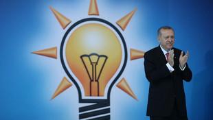İşte AK Parti'de 3 döneme takılan başkanlar