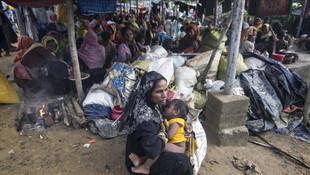 Bangladeş Arakanlı mültecileri geri vermiyor !