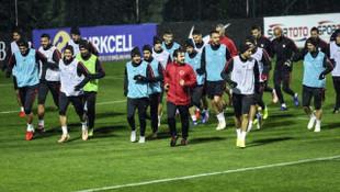 A Milli Futbol Takımı İsveç hazırlıklarını Cengiz Ünder'siz sürdürdü