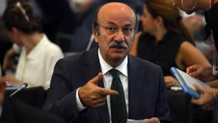 CHP'li Bekaroğlu: ''Bakan Soylu 400 adamıyla koridorları bastı''