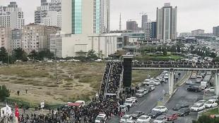 İstanbul'daki kitap fuarında son gün izdihamı