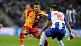 Galatasaray'da Belhanda'nın 6 hafta sahalardan uzak kalacağı iddia edildi