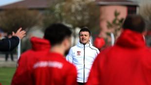 Demir Grup Sivasspor'un yeni teknik direktörü Hakan Keleş oldu