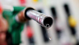 Benzin ve motorine yeni indirim: Benzin 16 kr, motorin 22 kr ucuzlayacak