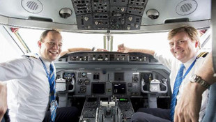 Amsterdam-İstanbul uçağında sürpriz pilot