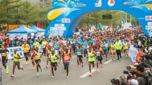 Çin'de 250'ye yakın maratoncu hile yaparken kameralara yakalandı