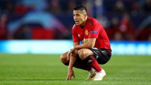 Jose Mourinho Alexis Sanchez'in uzun süre sahalardan uzak kalabileceğini açıkladı