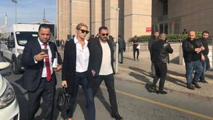 Yeni Akit Yazarı'ndan Bakan'ın Sıla'yı aramasını eleştirdi