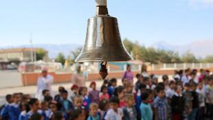 Eğitim yine sil baştan: Teneffüsler uzuyor, özel okul teşviği kalkıyor
