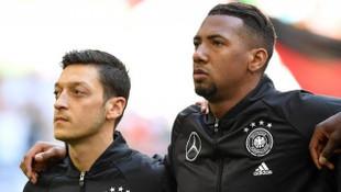 Jerome Boateng'den Mesut Özil'e destek