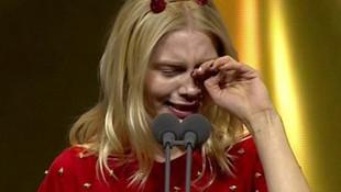 Aleyna Tilki gözyaşlarına boğuldu
