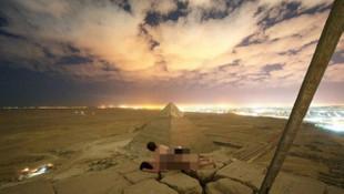 Tarihi piramitlerde cinsel ilişki rezaleti