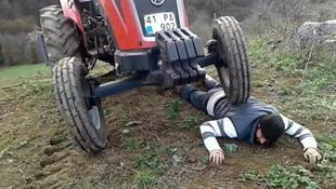 Kaza değil tepki ! Traktörü üstüne çıkardı