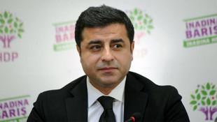 Demirtaş: AK Parti'ye oy verin, kesin içerdesiniz