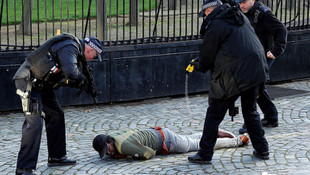 Londra'da alarm ! Polis etkisiz hale getirdi