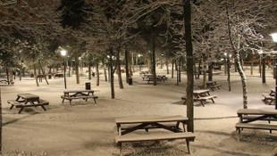 Kar yağışı birçok ilde etkili oldu ! İşte yurttan kış manzaraları