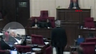 Meclis'te ''öpücük'' damgası