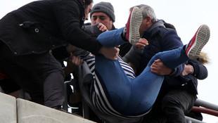 Polis kurtarınca sinir krizi geçirdi