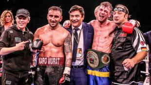 EC Boxing dünya şampiyonluk kemeri kazandı