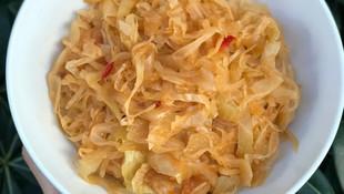 C vitamini deposu acılı lahana kavurma