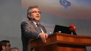 Bandırma Belediyesi Belediye Başkanı Dursun Mirza'dan çocuklara hediye