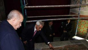 Erdoğan Mevlana'nın asıl mezarına indi