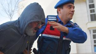 Murat Başoğlu ''cehennemde yanacaksın'' diyen takipçisine küfür etti