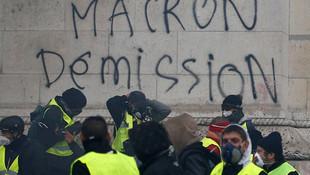 Gösteriler binlerce kişiyi işsiz bıraktı