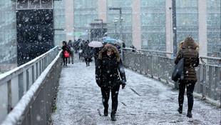 İstanbul için kuvvetli kar ve fırtına uyarısı !