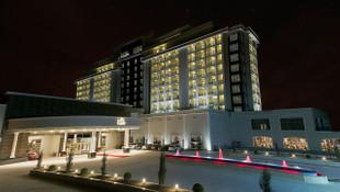 Sahibi FETÖ'den tutuklanmıştı; dev otel satılıyor