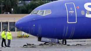 ABD'de yolcu uçağı pistten çıktı