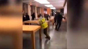 Fransa'da Apple mağazası yağmalandı