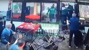 Bursasporlu holiganlara kahvede karşılık geldi !c