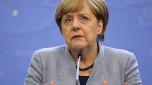 Almanya'da taşlar yerine oturuyor