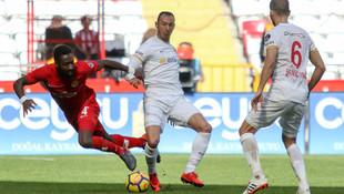 Antalyaspor'dan altın değerinde 3 puan