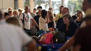 2.5 milyon İngiliz turist Türkiye'ye gelecek !