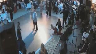 Düğün salonuna kanlı baskın kamerada