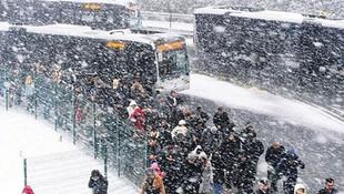 İstanbul'da kar yağışı başka kışa kaldı !