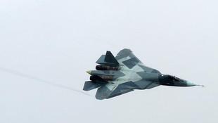 Rus hayalet uçakları Türkiye sınırında !