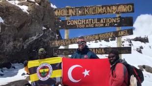 Sadettin Saran Kilimanjaro'ya Türk ve Fenerbahçe bayrağı dikti