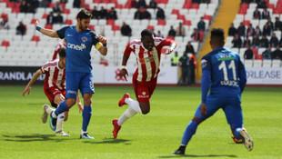 Sivasspor son dakikada yıkıldı !