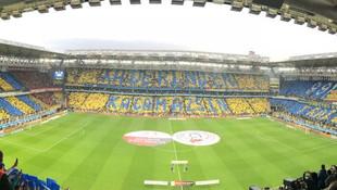 Fenerbahçe'den müthiş koreografi !