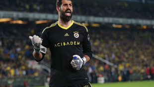 Eski futbolcudan skandal Volkan Demirel paylaşımı !